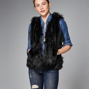 Abercrombie faux fur vest